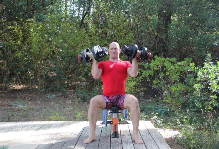 Développé épaules Arnold avec haltères