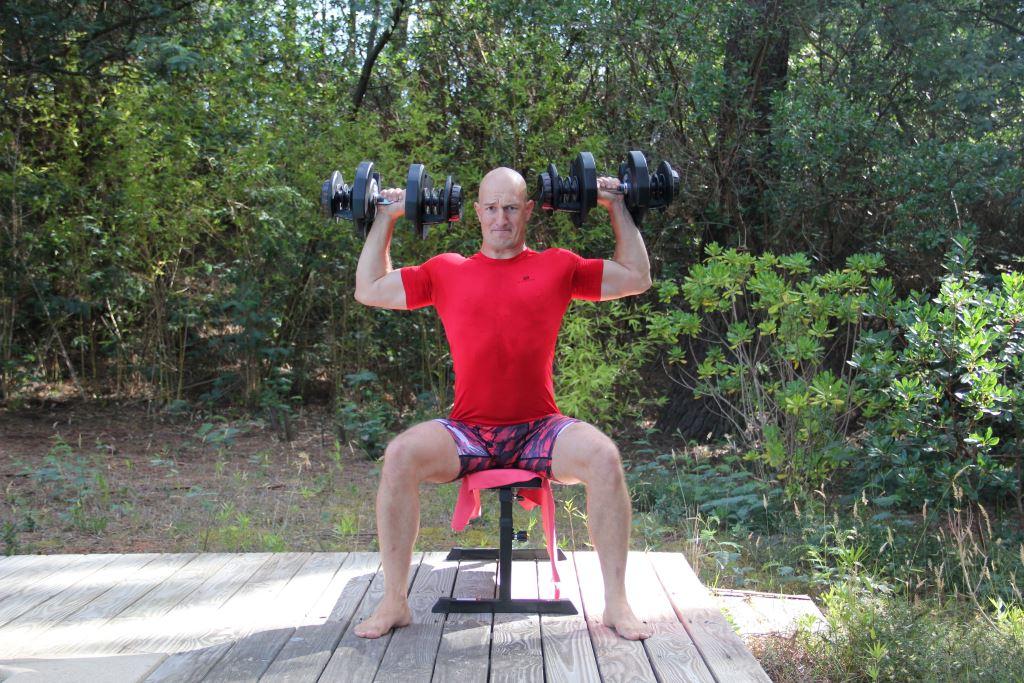 Développé épaules avec haltères