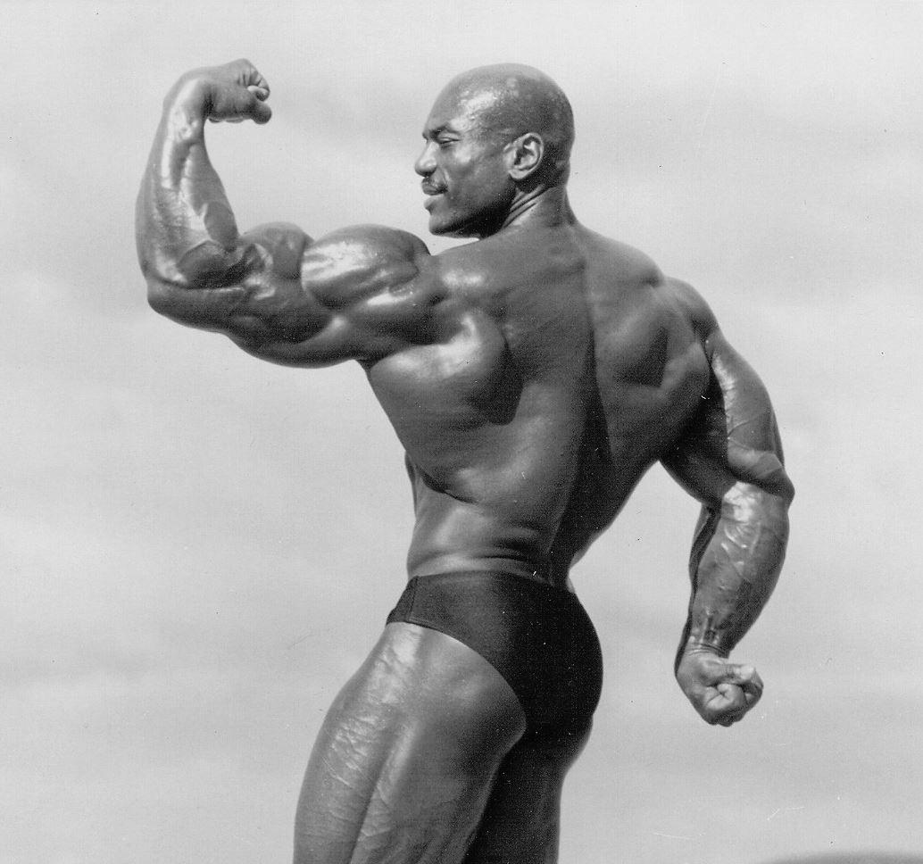 Musculation des triceps avec haltères