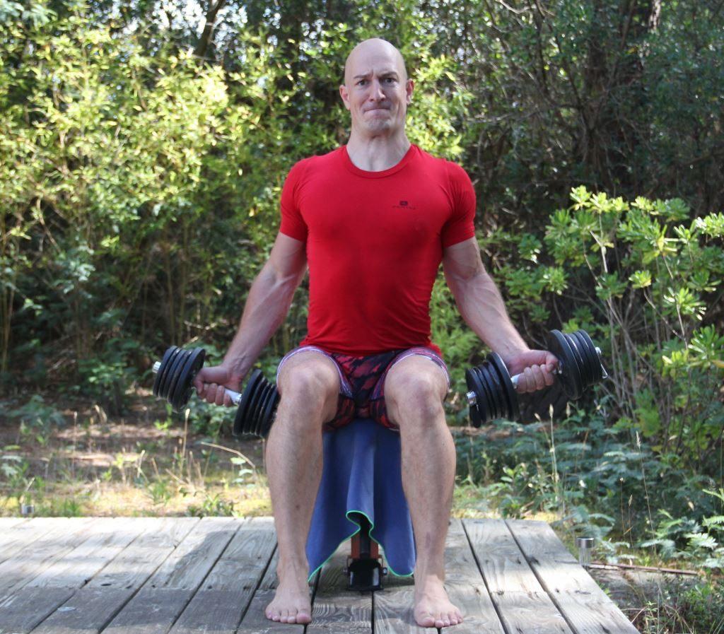 Curl supination assis avec haltères (Fabrice Proudhon)